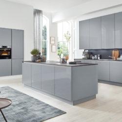 Interliving Küche grifflos grau